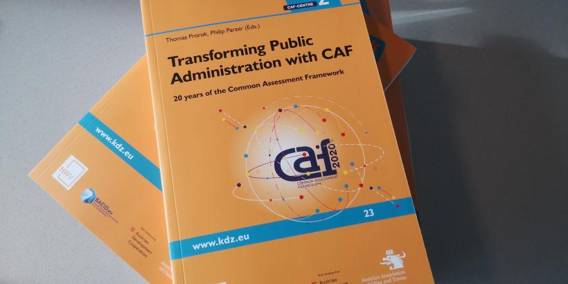 Buch Transforming Public Administration with CAF